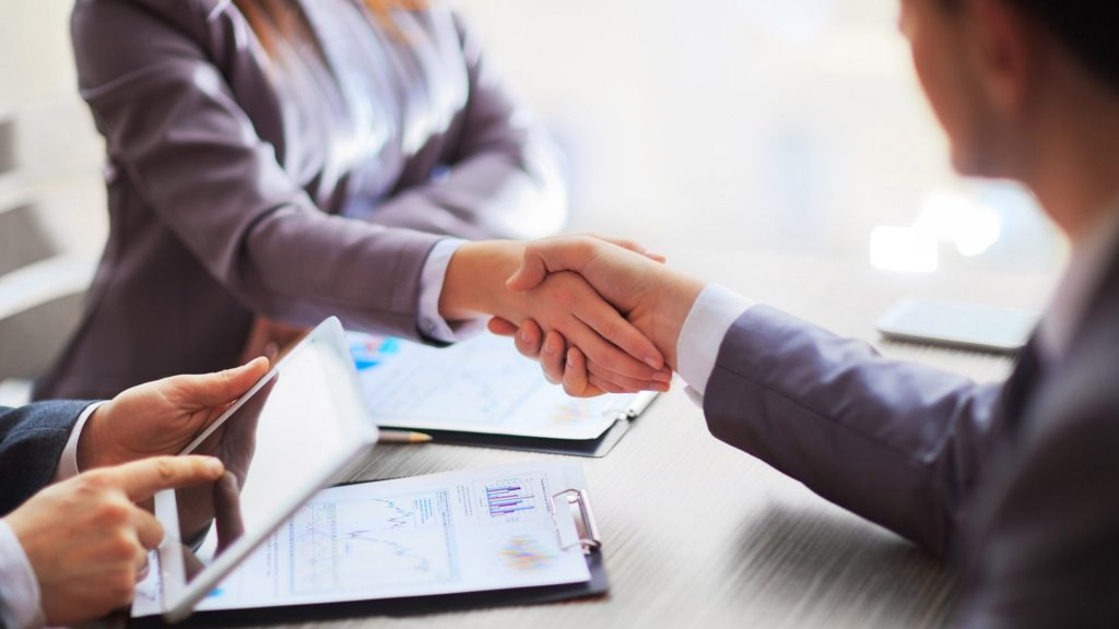 What is a headhunter company? Things to know when choosing the headhunter company